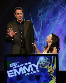 58esimi Emmy Awards, Brad Garrett e Julia Louis-Dreyfuss