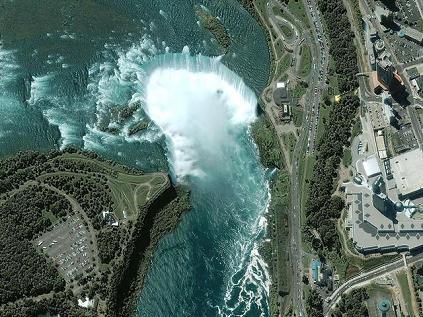 Le Cascate del Niagara… dallo spazio