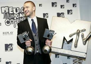 Justin Timberlake con i suoi due premi