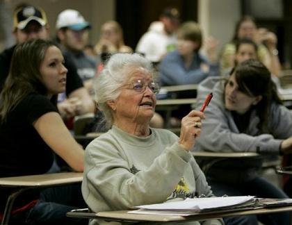 Nonna si laurea a 95anni