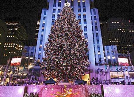 Acceso l'albero del RockefellerCenter